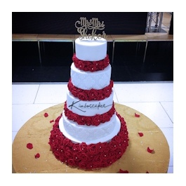 Rose Bed Wedding Cake